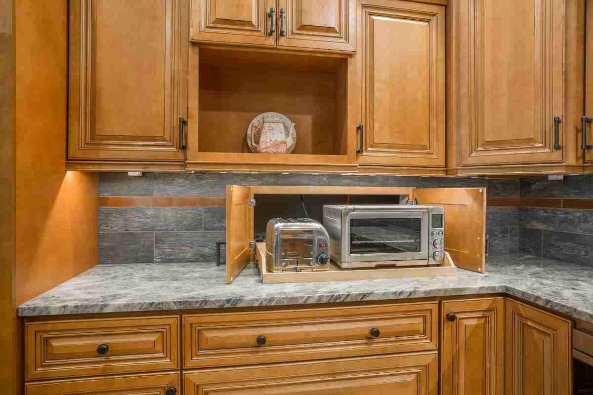 J&K Cabinetry Cinnamon Glazed Cabinet in Kitchen