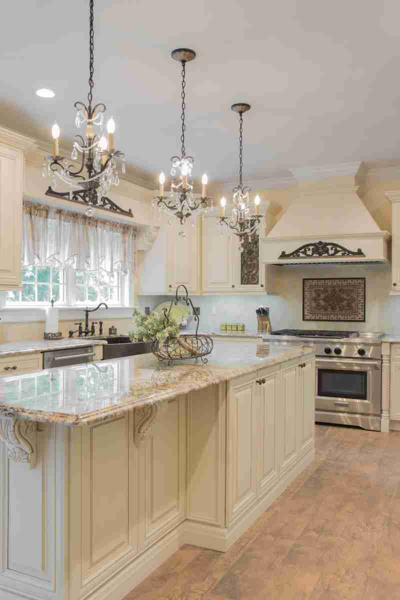 J&K Cabinetry Cream Glazed Kitchen Cabinet Full